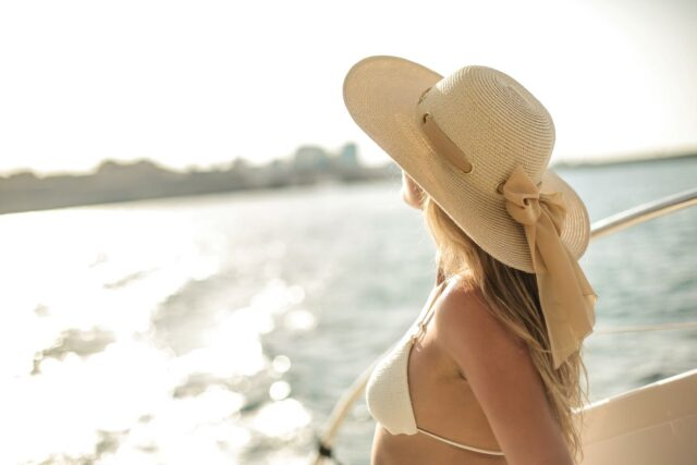 woman with sunhat